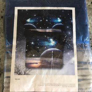 Brand New Galaxy Full/Queen 4 pc Duvet Cover Set